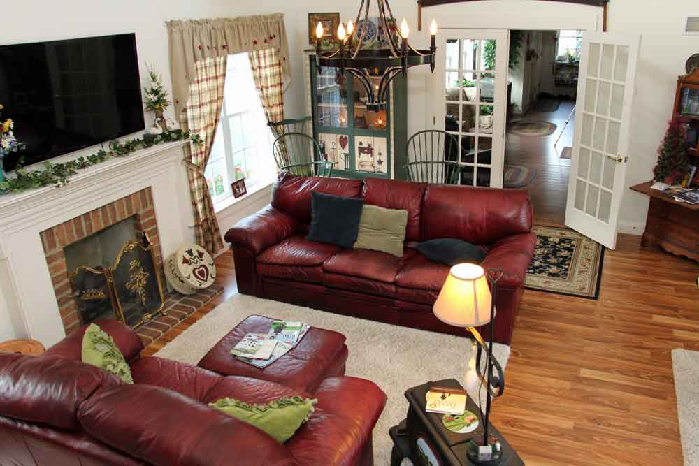 Lancaster County Bed and Breakfast sitting room