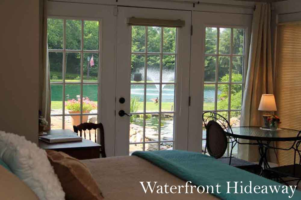 Waterfront Hideaway Lancaster Bed and Breakfast